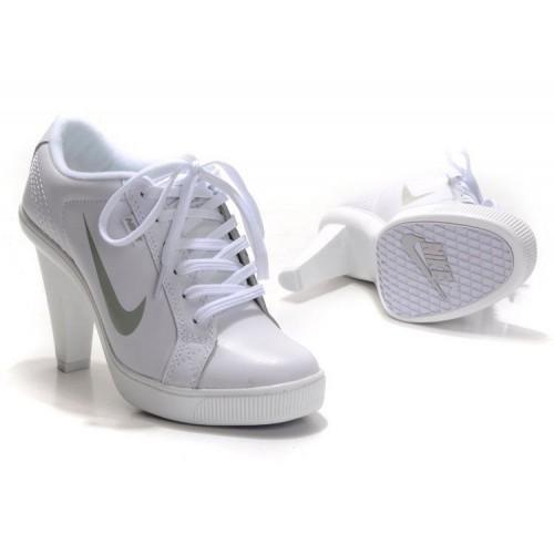 Ботиночки Nike Low Heels Белые