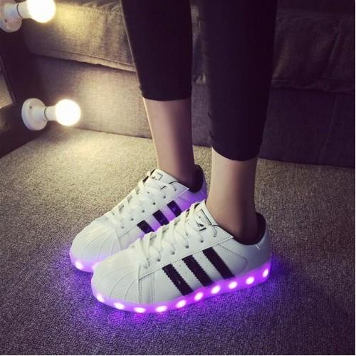 Кроссовки Adidas с LED подсветкой Белые (К-311)