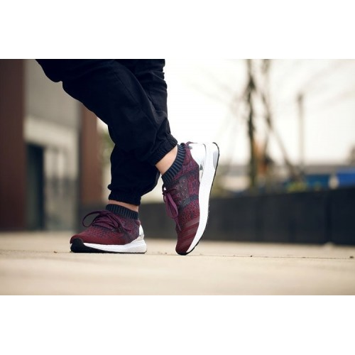 Кроссовки Adidas Ultra Boost Maroon Sparks (Е-326)